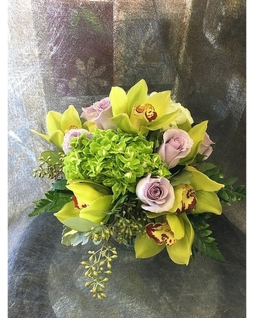 Sweet and Pretty Bouquet by Vivian Flower Arrangement