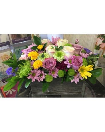 Wonderful and beautiful flowers arrangement by viv Flower Arrangement