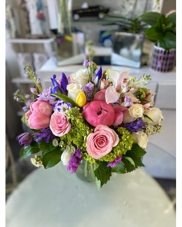MV21-19 Flower Arrangement