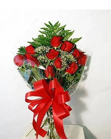 Presentation Bouquet of Roses Flower Arrangement
