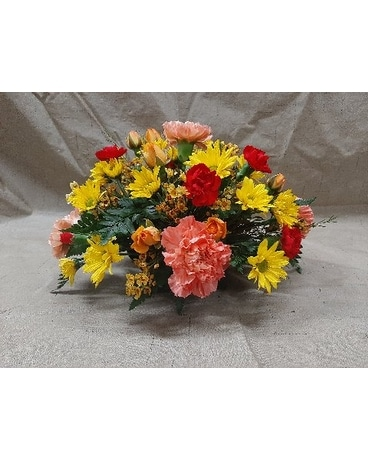 sm center piece Flower Arrangement