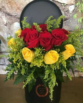 Flower box Red and Yellow Roses Flower Arrangement