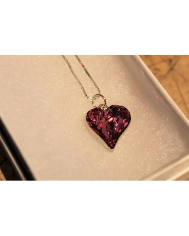 Brilliant Pink Heart Pendant Necklace Gifts