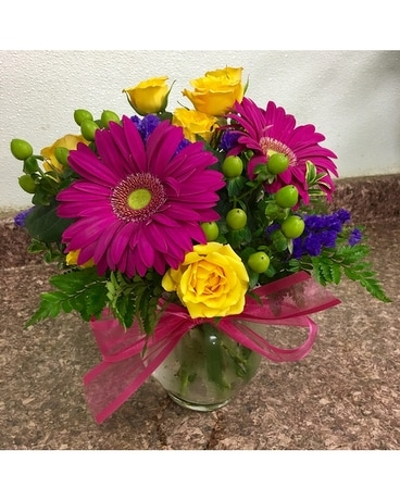 Bright Summer Days Flower Arrangement