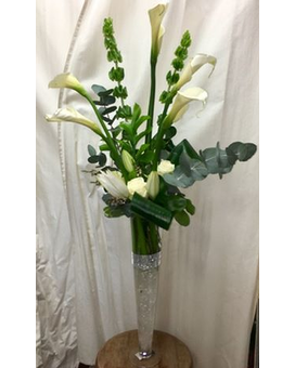 Girard's Lavish Linear Bouquet Flower Arrangement