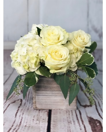 Rustic Simplicity Flower Arrangement