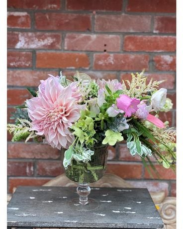Dahlia Dreams Flower Arrangement