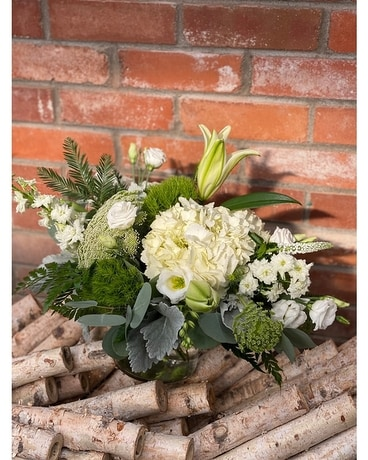 Glistening in Love Flower Arrangement