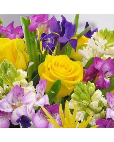 Spring Mix Designer's Choice Flower Arrangement