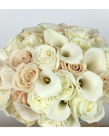 Elegance Flower Arrangement