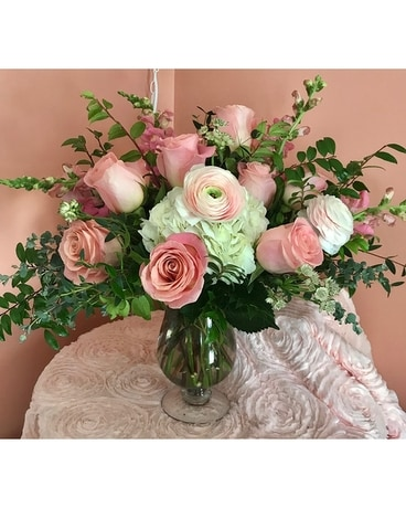 Pink Charlotte Flower Arrangement
