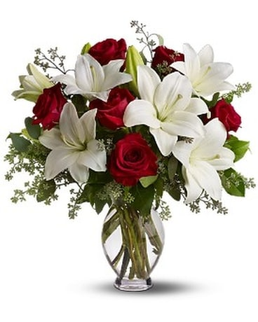 Teleflora's Baby Be Mine - by Rhodee's Floral & Gr Flower Arrangement