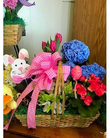 Easter Basket Basket Arrangement