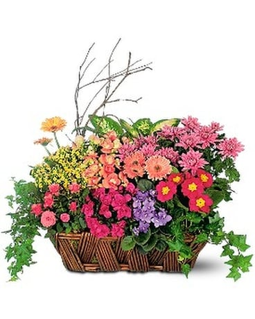 Deluxe European Garden Basket Flower Arrangement