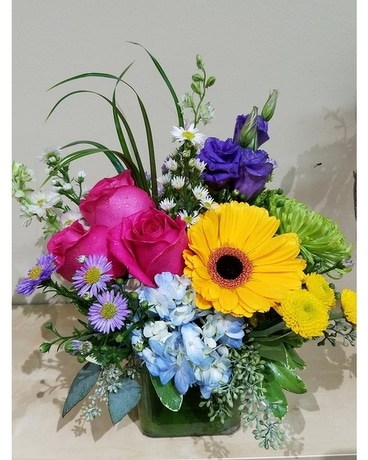 Sunny smiles Flower Arrangement