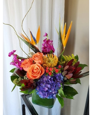 Modern Lush Flower Arrangement