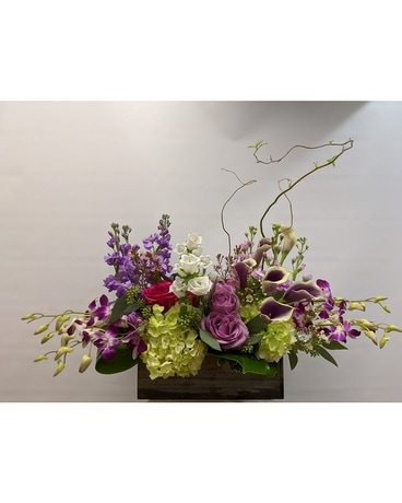 Cottage Planter Flower Arrangement