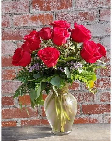 Red Roses Vased Flower Arrangement