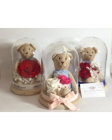 Teddy Bear x Preserved Rose Arrangement