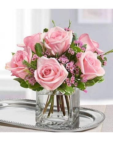 Pretty in Pink Flower Arrangement