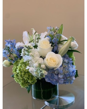 Blue wishes Flower Arrangement