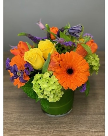 Bright spring Flower Arrangement