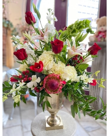 THE GRAND BOUQUET
