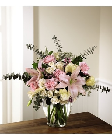 Classic Beauty Bouquet Flower Arrangement