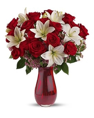 Teleflora's Elegant Love Bouquet Delux Flower Arrangement