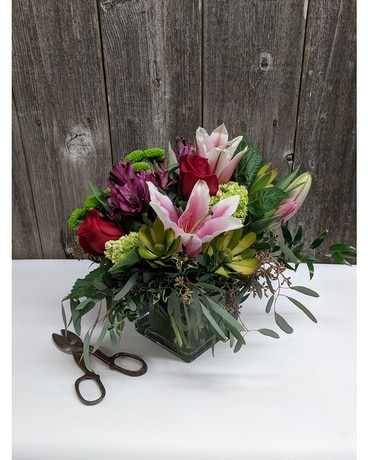 FBG's Spring Fever Flower Arrangement