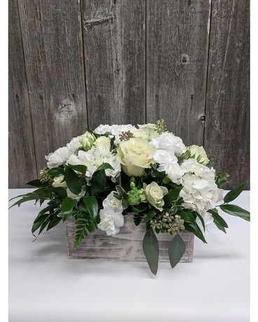 FBG's Dreamy Whites Flower Arrangement