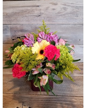 Summer Heat Flower Arrangement