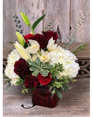 Elegance and Romance Flower Arrangement