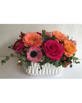 La Vie en Rose Flower Arrangement