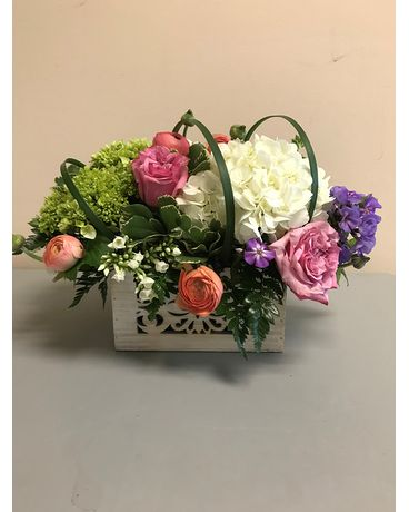 Sara Flower Arrangement