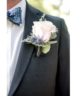 Boutonniere Flower Arrangement