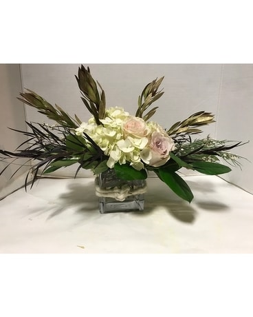 Romantic Charm Flower Arrangement
