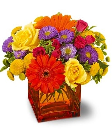 Teleflora's Another Year Bolder - by Svendsen Flor Flower Arrangement