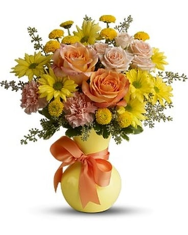 Teleflora's Heart Warmer - by Svendsen Florist Inc Flower Arrangement