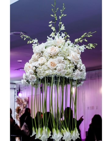 Mariage Reception Flower Arrangement
