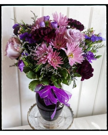 Perfectly purple Flower Arrangement