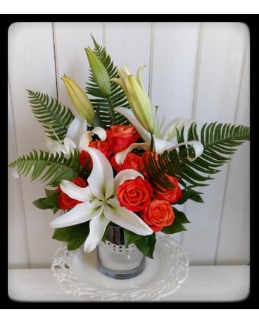 Starburst with Color Flower Arrangement