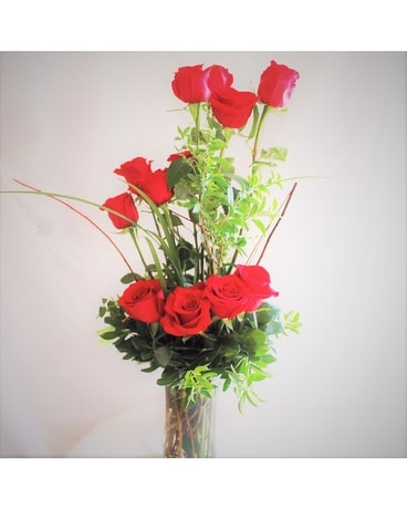 1 Dozen Roses Flower Arrangement
