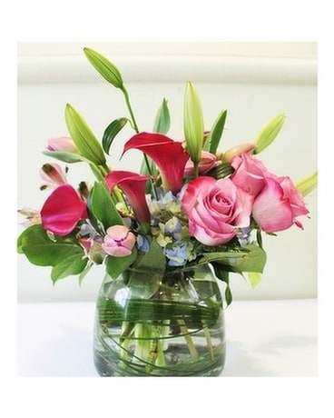 Scarlet Spring Flower Arrangement