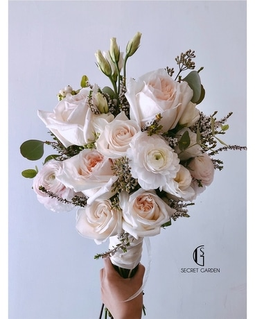 Blush (Bridal Bouquet)