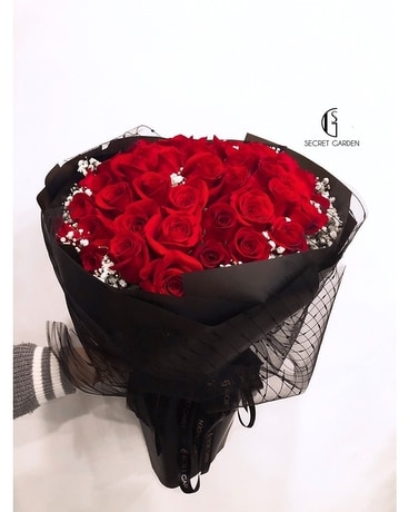 Wishes & Love (52 Roses) Flower Arrangement