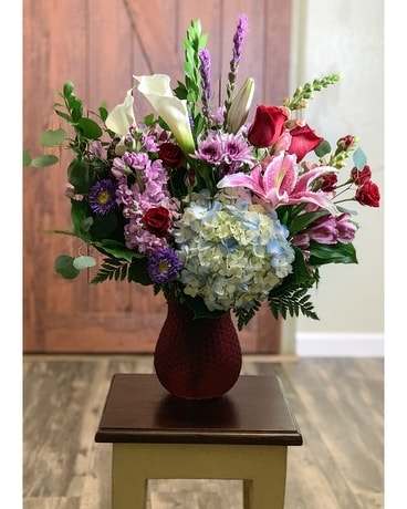 Gordon Hill's  Modern Love Flower Arrangement