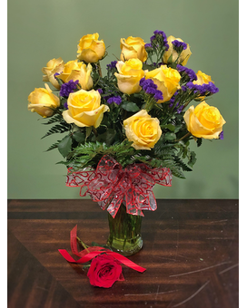 Classic Dozen -Yellow Flower Arrangement