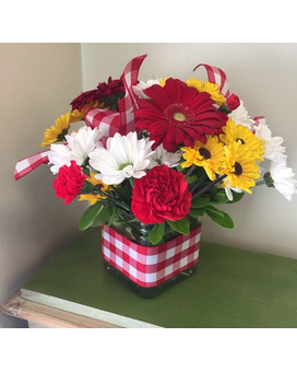 Picnic Cube Flower Arrangement
