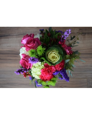 Lime'n Kale Flower Arrangement
